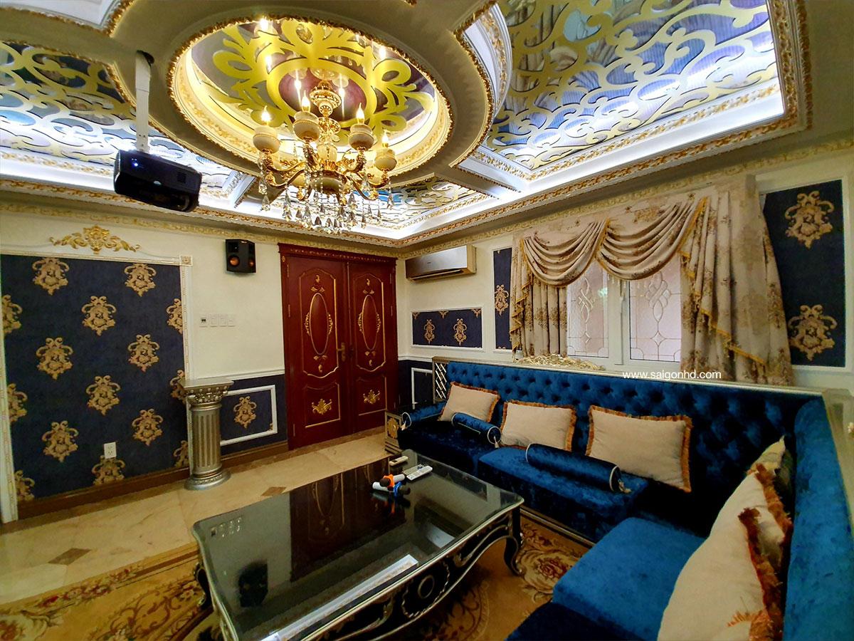 Phòng phim gia đình phong cách cổ điển