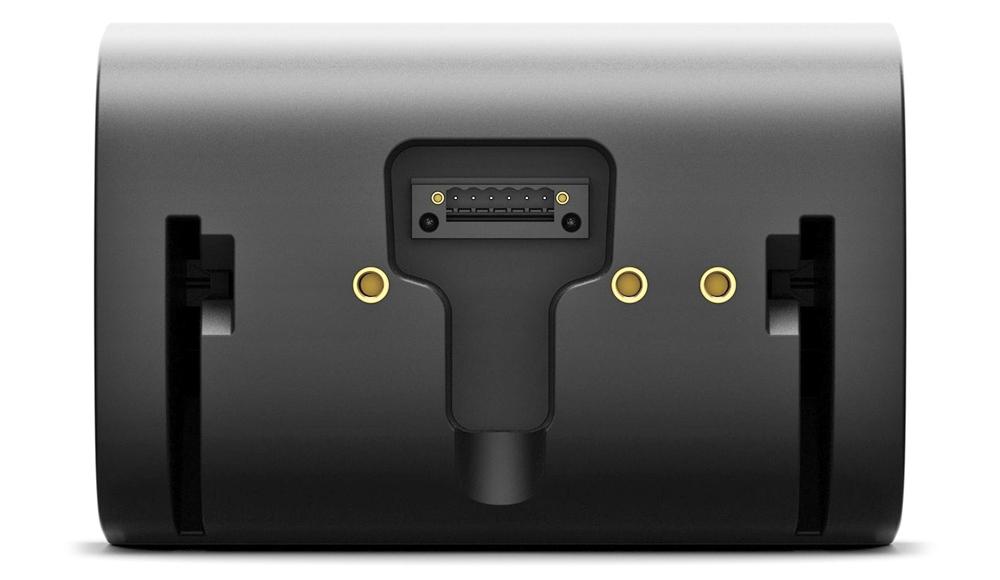Thiết kế mặt sau của Bose Designmax DM6SE với các đầu nối Euroblock