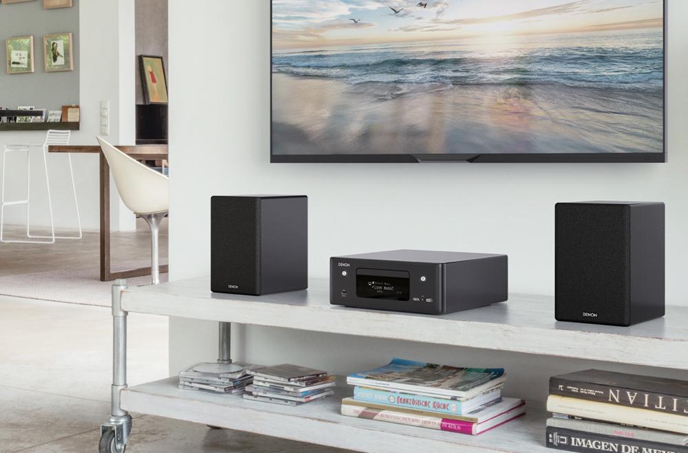 Giải trí thêm phần thú vị nhờ sự kết hợp hoàn hảo giữa dàn âm thanh mini Ceol N11 và TV