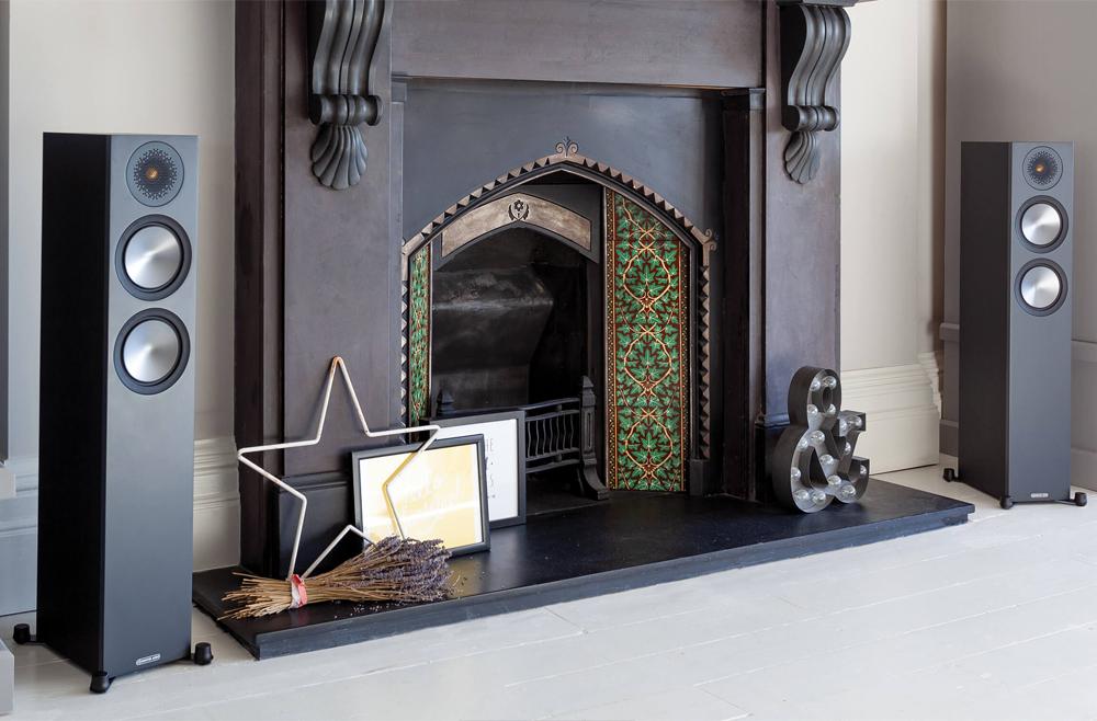 Monitor Audio Bronze 200 làm tăng thêm vẻ đẹp nội thất cho không gian nhà bạn
