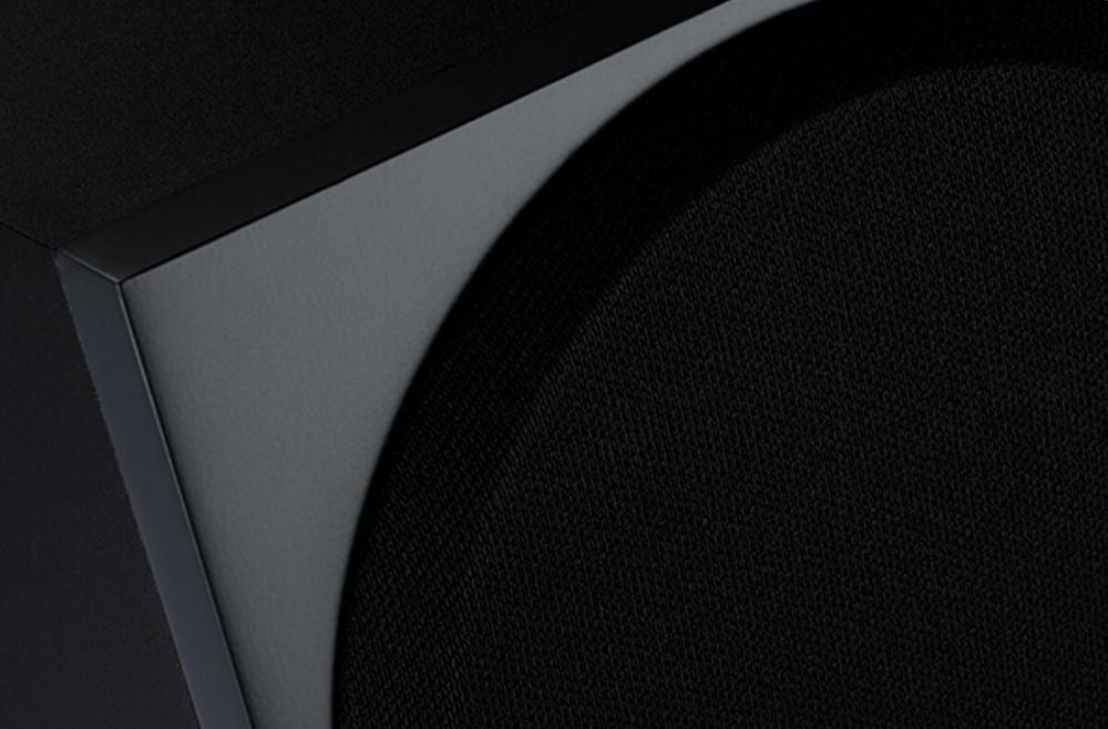 Thiết kế của Bronze 200 mang lại sự hiện đại, mạnh mẽ với những đường nét vuông vức, dứt khoát