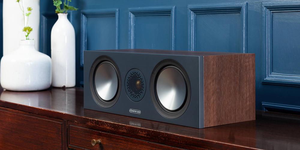 Monitor Audio Bronze C150 có thiết kế tao nhã phù hợp với mọi không gian