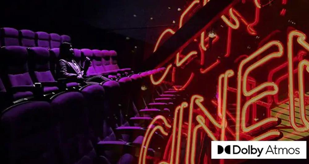 Cảm nhận âm thanh đa chiều 7.2 kênh với 2 loa trên cao giả lập từ công nghệ Dolby Atmos